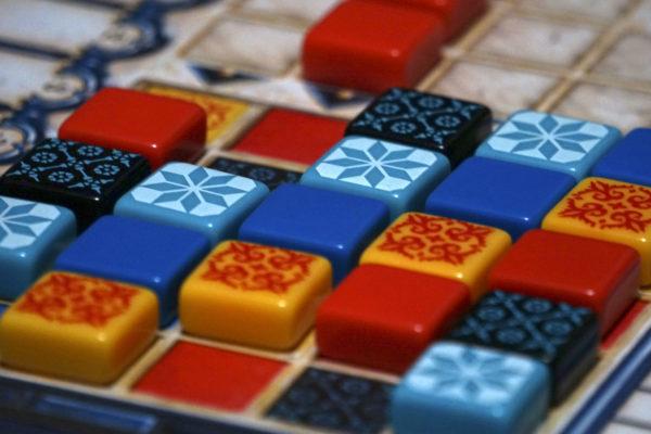 Абстрактно неперевершений Azul
